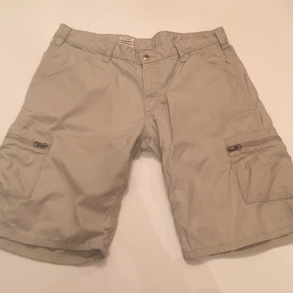 durable in use great discount outlet on sale Carhartt Women's Cargo Shorts Size 12